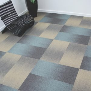 Ambiente com Carpete em Placas Gradual