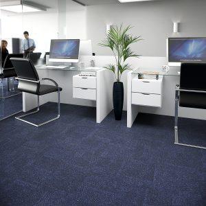 Ambiente com Carpete em Placas Trends