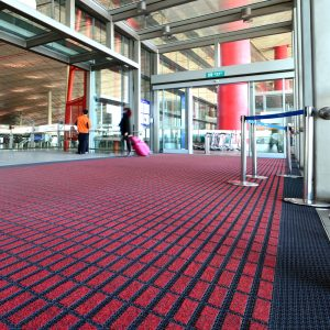 Ambiente com Carpete em Rolo Impact