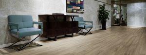 Ambiente com Piso Vinílico Tarkett Decode Wood
