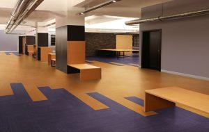 Ambiente com Piso Vinílico Tarkett em Régua Ambienta Square Coleção Set